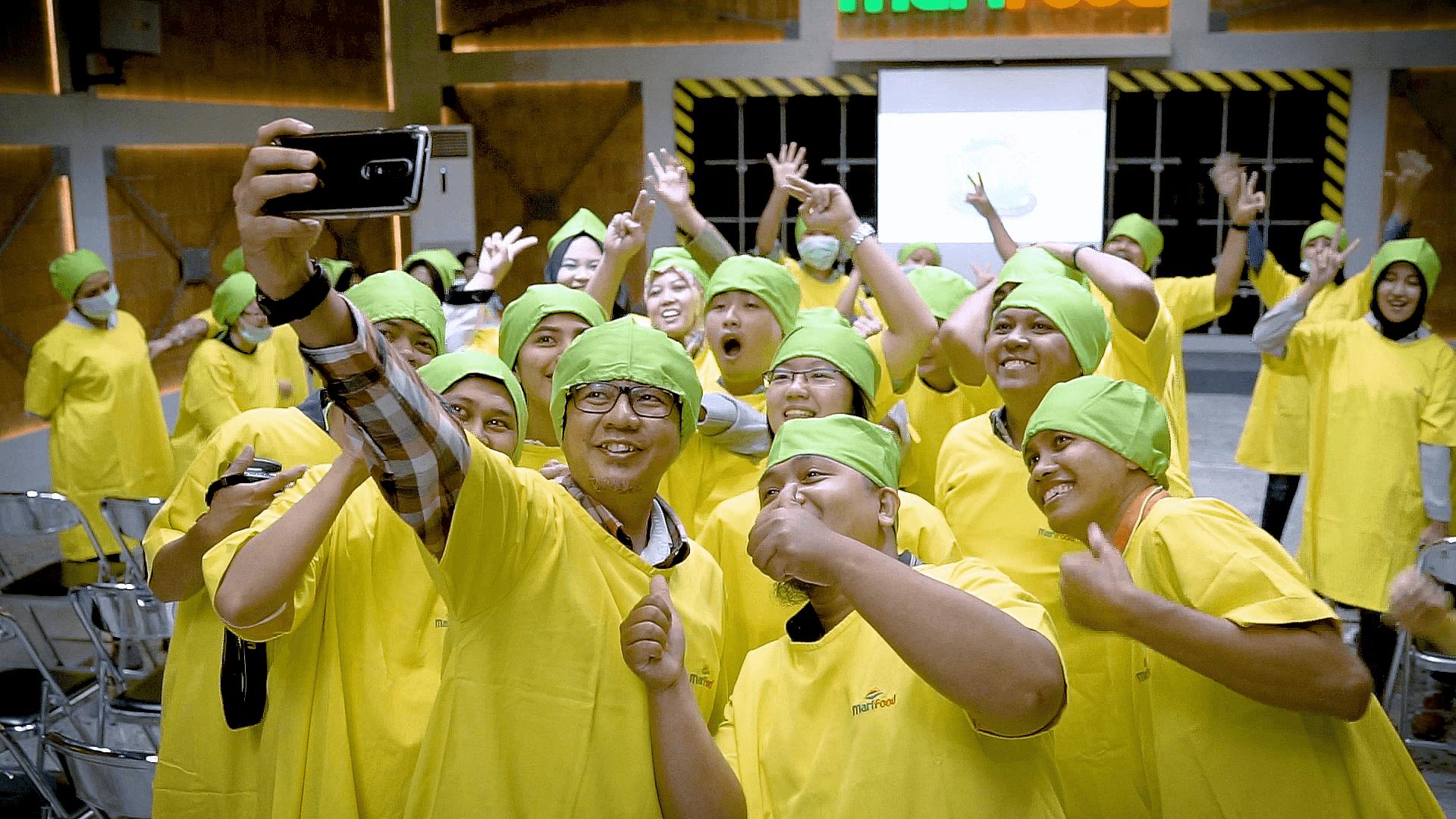 Factory Tour383